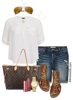 Plus size khaki shorts outfits three ways! With green linen shorts, three different tops, sandals, and cute bags for summer! Khaki Shorts Outfit, Summer Shorts Outfits, Short Outfits, Casual Outfits, Cute Outfits, Comfy Travel Outfit, Travel Outfit Summer, Best Mens Fashion, Fashion Tips For Women