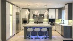 High Gloss white with contrasting veneer Wood Grain, High Gloss, Minimalism, Kitchens, Colour, Contemporary, Home Decor, Color, Decoration Home