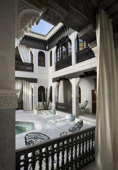 La Sultana - Marrakech, Morocco Located in the. La Sultana - Marrakech, Morocco Located in the. Islamic Architecture, Architecture Design, Garden Architecture, Beautiful Architecture, Riad Marrakech, Moroccan Interiors, Moroccan Design, Moroccan Style, Moroccan Decor