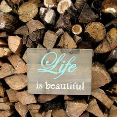 HaM / Life is beautiful Wood with quote - sign Život je krásny