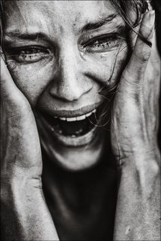 *** par Mikhail Tarasov sur You are in the right place about triste dessin personne Here we of Emotional Photography, Dark Photography, Black And White Photography, Portrait Photography, People Photography, Dark Art Drawings, Art Drawings Sketches, Expressions Photography, Sad Art