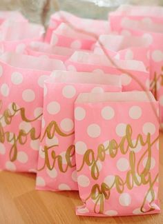 pink and gold favor bags- so cute for a ballerina party