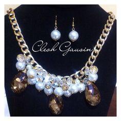 Maxi collar de perlas y cristales