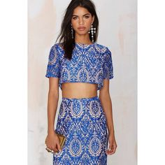 The Jetset Diaries Sunset Embroidered Crop Top (8.525 RUB) ❤ liked on Polyvore featuring tops, blue, sheer crop top, mesh crop top, cutout top, short crop tops and embroidered mesh top