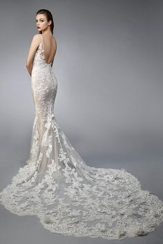 Wedding Dress Nicolette A by Enzoani - Search our photo gallery for pictures of wedding dresses by Enzoani. Find the perfect dress with recent Enzoani photos. Elegant Wedding Dress, Designer Wedding Dresses, Bridal Dresses, Wedding Gowns, Bridesmaid Dresses, White Homecoming Dresses, Wedding Dress Pictures, Bridal Salon, Dress Out