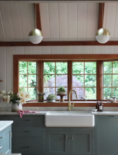 Paint colors with cherry wood google search paint for Abs trimming kitchen cabinets
