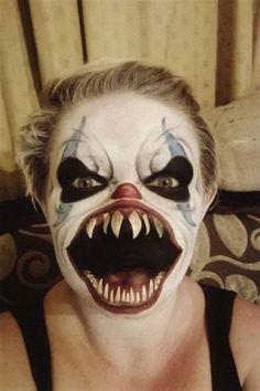 Восхитительный грим, превративший безобидного клоуна в настоящего монстра с всепожирающей пастью! А потом удивляются откуда взялась фобия на клоунов…  Источник: facebook.com(ThePaintingLady)