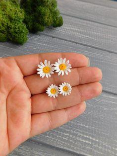 Chamomile studs Tiny flower earrings Daisy studs White stud earrings Rustic earrings Forest earrings