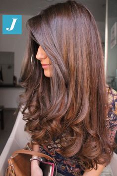 79 Awesome Chocolate Brown Hair Color For Your Hair - Stylying Hair Color light brown hair color Chocolate Brown Hair Color, Brown Hair Colors, Chocolate Hair, Hair Color For Dark Skin, Hair Color For Women, Hair Color Balayage, Hair Highlights, Haircolor, Brown Balayage