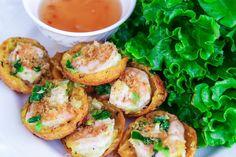 Vietnamese Savory Mini Pancakes (Banh Khot) Vietnamese Home Cooking Recipes Malvina&VietnameseRecipes Vietnamese Sausage, Vietnamese Egg Rolls, Vietnamese Grilled Pork, Vietnamese Cuisine, Vietnamese Pancakes, Vietnamese Dessert, Savory Pancakes, Mini Pancakes, Banh Khot