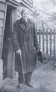 Essex cunning man George Pickingill, here in a late nineteenth or early twentieth-century photograph Witch History, Steampunk Festival, Traditional Witchcraft, Alternate History, Vintage Witch, Book Of Shadows, Occult, Dark Art, Buddhism