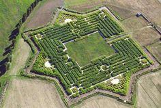Il labirinto più grande del mondo? Si trova a Parma!