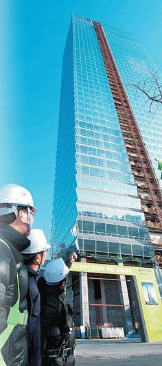 태양광 외벽·톱다운공법… 첨단 인텔리전스 빌딩