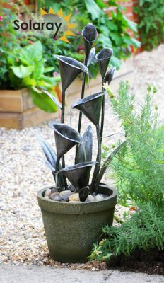 Howden Solar Cascading Water Fountain by Eco Solaray™. No need to dig up the garden or run cables through your flowerbeds, this water feature isentirely solar powered. Water Pond, Water Garden, Solar Water, Pond Design, Garden Design, Typical British, Diy Solar, Flower Beds, Garden Planning