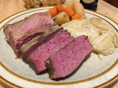 Corned Beef and Cabbage (Slow Cooker) Corn Beef And Cabbage Soup, Cabbage Slow Cooker, Slow Cooker Corned Beef, Cabbage And Potatoes, Cabbage Recipes, Crockpot Recipes, Cooking Recipes, Healthy Recipes, Corned Beef Boiled