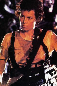 17 Sexy Action Chicks | Sexy, Aliens and Ellen ripley
