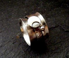 Silver Spinner Ring Moon with hammered band Crescent by dAgDesigns
