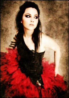 Amy Lee: one of the most amazing female rock voices EVER