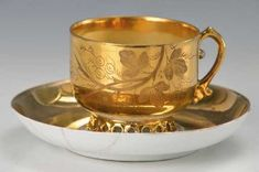 Lot: cup with saucer, Lot Number: 5107, Starting Bid: €120, Auctioneer: Henry's Auktionshaus AG, Auction: Glass, porcelain, antiques and collectibles, Date: December 28th, 2017 EST