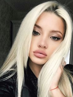 Improve makeup with these natural makeup for blondes Tip# 3201 Beach Blonde Hair, Beauté Blonde, Beauty Makeup, Hair Makeup, Hair Beauty, Hair Colorful, Tumbrl Girls, Simple Eye Makeup, Big Chop