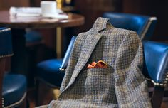 Tweed Jacket with or without elbow patches... I desire/want/need one :D