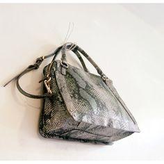 대표이미지 Rebecca Minkoff, Bags, Fashion, Handbags, Moda, Fashion Styles, Taschen, Fasion, Purse