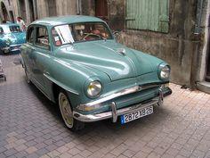 These cars belongs to the serie of the parade of 100 years US RUGBY Die (FR) This is a Simca l'Aronde from the fifties In de jaren vijftig behoorde de Simca Aronde (1956-1962) tot de meest verkochte Franse personenwagens. Simca had zich los gemaakt http://www257.litado.edu.vn/2012/12/19/xe-lexus-570-gia-xe-lexus-570 http://www257.litado.edu.vn/category/xe-lexus-350 http://www257.litado.edu.vn/tag/gia-xe-lexus-rx350