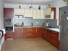 kuchyně - Hledat Googlem Kitchen Cabinets, Home Decor, Kitchens, Decoration Home, Room Decor, Cabinets, Home Interior Design, Dressers, Home Decoration