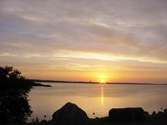 Pictured: Sunset on Lake Texoma. Texas has several awesome lakes to choose from to relax on the boat, fish or water ski! Find out which lake is your next destination at www.texas-lakes.net