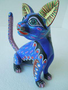 CAT OAXACAN WOOD CARVING ALEBRIJE SCULPTURE MEXICAN FOLK ART
