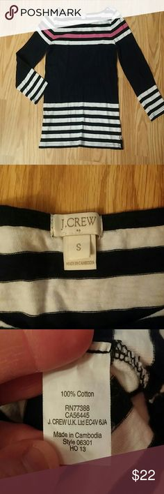 J. Crew striped boatneck tunic top J. Crew boatneck tunic top with navy blue and white stripes and 1 Fuschia stripe across top. Comfortable 100% light weight cotton for a classic look. J. Crew Tops Tunics
