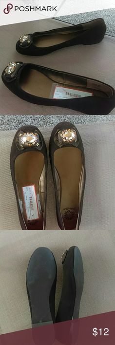 Yellow Box Brown Flats Yellow box  Brown Flats cute flats with gold embellished on front. Shoes is in used condition and show some sign of wear  material leather upper Yellow Box Shoes Flats & Loafers