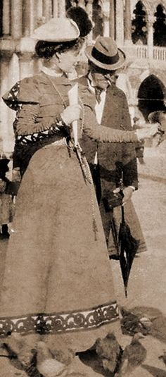 Queen Marie of Romania Romanian Royal Family, Important People, Royal House, Royal Weddings, Queen Victoria, Old Photos, Amen, Royalty, Descendants