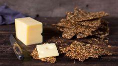 Grove frøknekkebrød - Oppskrift fra TINE Kjøkken Feta, Tin, Candy, Cheese, Chocolate, Baking, Desserts, Tailgate Desserts, Deserts