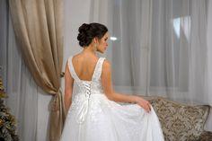 Платья в наличии и на заказ по вашим меркам за сутки. Lace Wedding, Wedding Dresses, Fashion, Bride Gowns, Wedding Gowns, Moda, La Mode, Weding Dresses, Wedding Dress