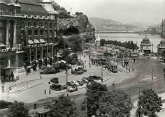 Old Pictures, Old Photos, Vintage Photos, Budapest Hungary, Hotel Budapest, History Photos, Historical Photos, Homeland, Paris Skyline