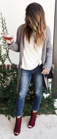 outfitts botines color vino ·  cute  outfits Grey Sweater    White Blouse     Ripped Jeans    6ac1965b8c5c