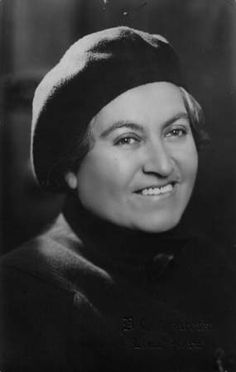 Gabriela Mistral - Chilean poet-diplomat, educator and humanist. Nobel Prize in Literature. Book Writer, Book Authors, Books, Fantasy Character, Nobel Prize In Literature, Writers And Poets, Portraits, Interesting Faces, Women In History