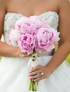 simple floral boquets for bride | Simple Single-Flower Wedding Bouquets | The Knot Blog – Wedding ...