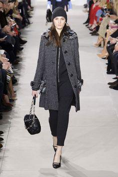 #NewYork #FashionWeek: #MichaelKors impone il bon-ton #nyfw