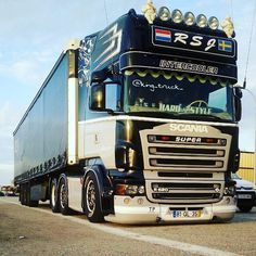 """564 Likes, 3 Comments - 👑💎 SCANIA KING OF THE ROARD 💎👑 (@king_truck_) on Instagram: """"👑💎 SCANIA SUPER V8 💎👑. Buenas noches 👋🌛. 📷 By: @scaniatrucks_europe #scania #super #V8 #scaniav8…"""""""