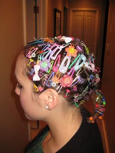 Crazy Hair Day Ideas - - Can't think of something to do with your kid's hair for crazy hair day? Well, you've come to the right place. Here are several easy-cheesy ideas that will make your kid's hair the most creative! Crazy Hair For Kids, Crazy Hair Day At School, Crazy Hair Days, Crazy Day, Bad Hair Day, Crazy Hair Day Girls, Little Girl Hairstyles, Cute Hairstyles, Wacky Hairstyles