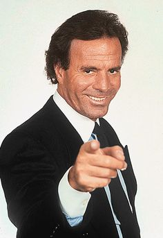 How much money is Julio Iglesias worth? Julio Iglesias is a Spanish singer, perhaps best known for the album entitled Yo canto and Divorcio. Formation Hypnose, Whatsapp Pictures, Enrique Iglesias, Selfie, Album, Celebs, Celebrities, Funny Images, Funny Pictures