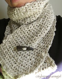 Crocheted Scarf with Toggle