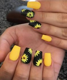 nails for kids acrylic & nails for kids ; nails for kids cute ; nails for kids easy ; nails for kids cute short ; nails for kids cute and easy ; nails for kids acrylic ; nails for kids gel ; nails for kids cute unicorn Nail Design Spring, Spring Nail Art, Acrylic Nail Designs For Summer, Fake Nail Designs, Cute Nails For Spring, Acrylic Nail Designs Glitter, Latest Nail Designs, Nail Summer, Flower Nail Designs