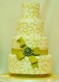chartreuse wedding | Chartreuse Wedding Ideas and Inspiration / Chartreuse Lace Wedding ...