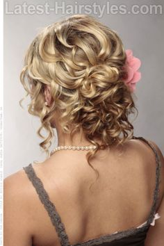 Long Curly Formal Updo Hairstyle - Dark blonde hair color with light blonde highlights - Easy Updos For Long Hair, Up Dos For Medium Hair, Wedding Hairstyles For Long Hair, Medium Hair Styles, Curly Hair Styles, Simple Hairstyles, Formal Hairstyles, Photomontage, Dark Blonde Hair Color