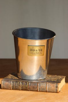 Beautiful French Vintage Champagne Bucket DEUTZ
