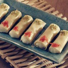 Halawat El-Jibn Bil-Kishta Recipe - Ramadan Recipes - Nestle Family ME Arabic Dessert, Arabic Sweets, Arabic Food, Ramadan Desserts, Ramadan Recipes, Ramadan Food, Ramadan 2016, Lebanese Desserts, Lebanese Recipes