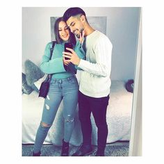 Couple Pics For Dp, Couple Goals Teenagers Pictures, Cute Couple Selfies, Cute Love Couple, Romantic Couple Kissing, Cute Couples Kissing, Cute Couples Goals, Romantic Couples Photography, Boy Photography Poses
